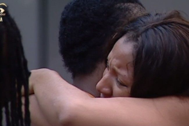28 gifty and uriel crying 004 pre