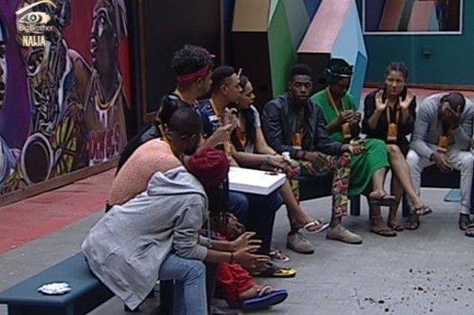 28 housemates decide who duid the best poem 004 pre