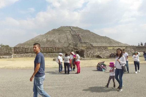 28 mn winginit mexicocty pyramids med 005 pre