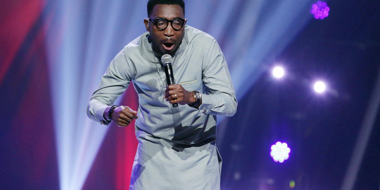 34 timi dakolo singing on stage  4  004 pre