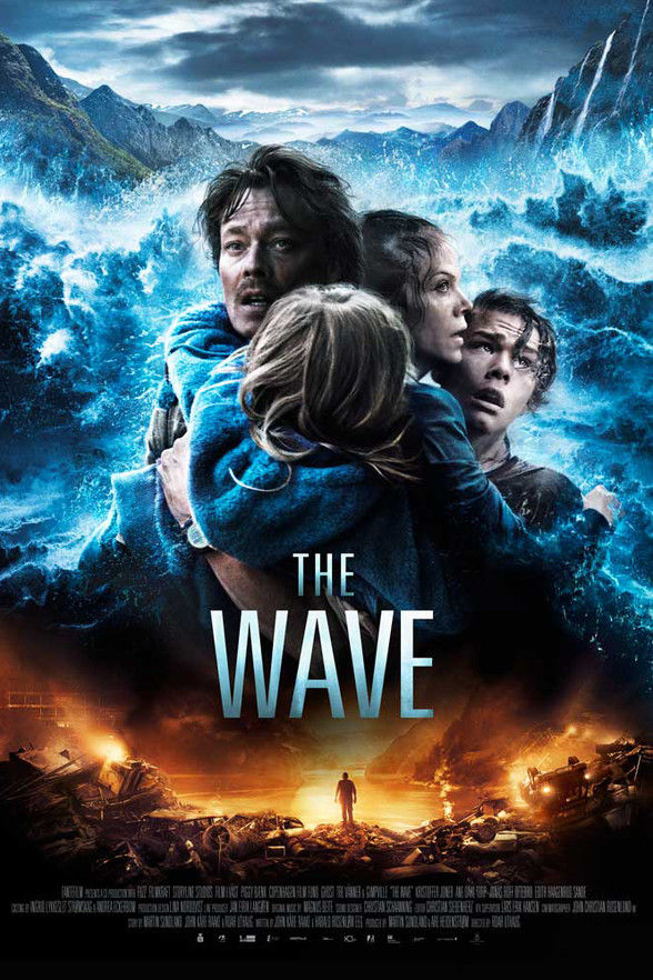 25 the wave poster by  fantefilm 010 pre