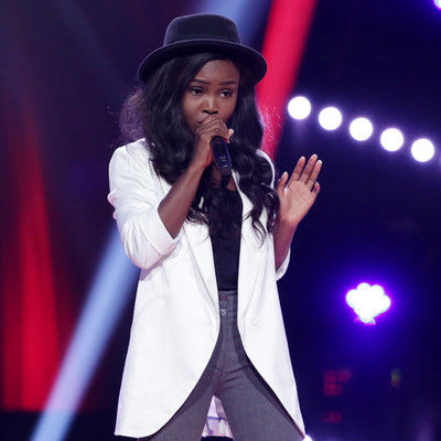 52 itunu singing during the blind auditions 004 pre