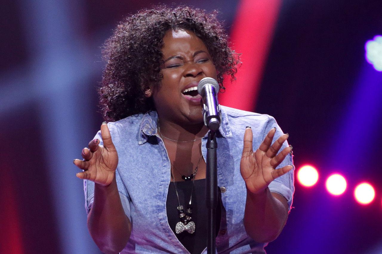 33 arewa singing  1  004 pre