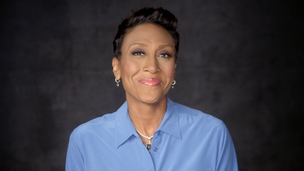 Robin Roberts smiles for the camera.