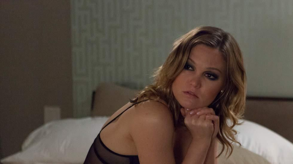 Hollywood actress Julia Stiles in the TV series Blue on Lifetime