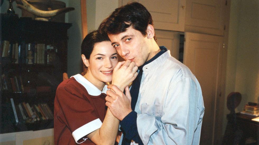 Mariana e Francisco abraçados