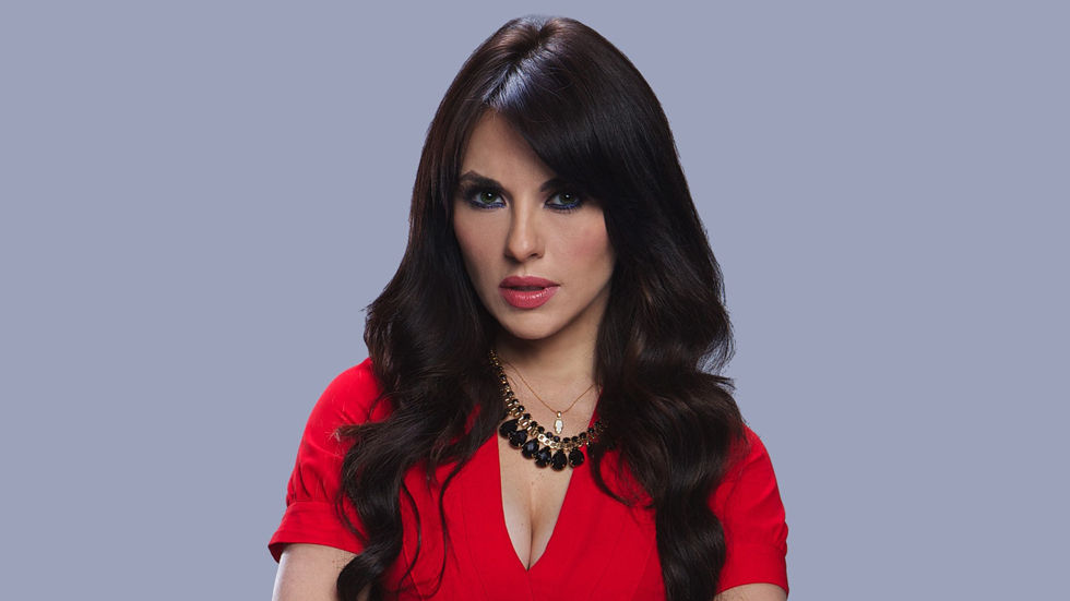 An image of Vanessa Villela who plays Elena in Telemundo's Part of Me