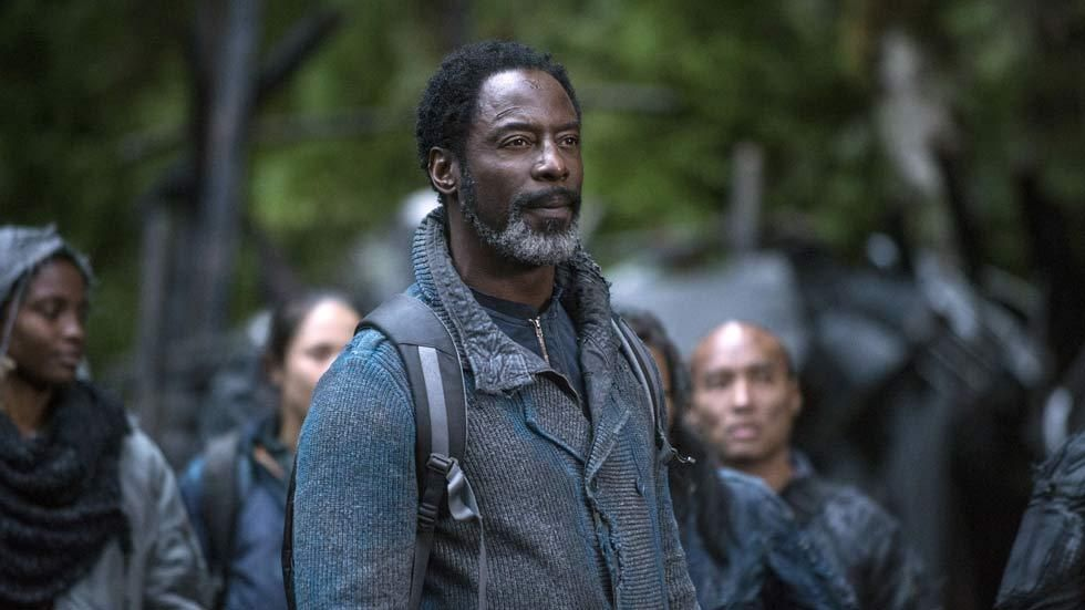 Isaiah Washington in a scene from The 100 which screens on DStv's Vuzu AMP.