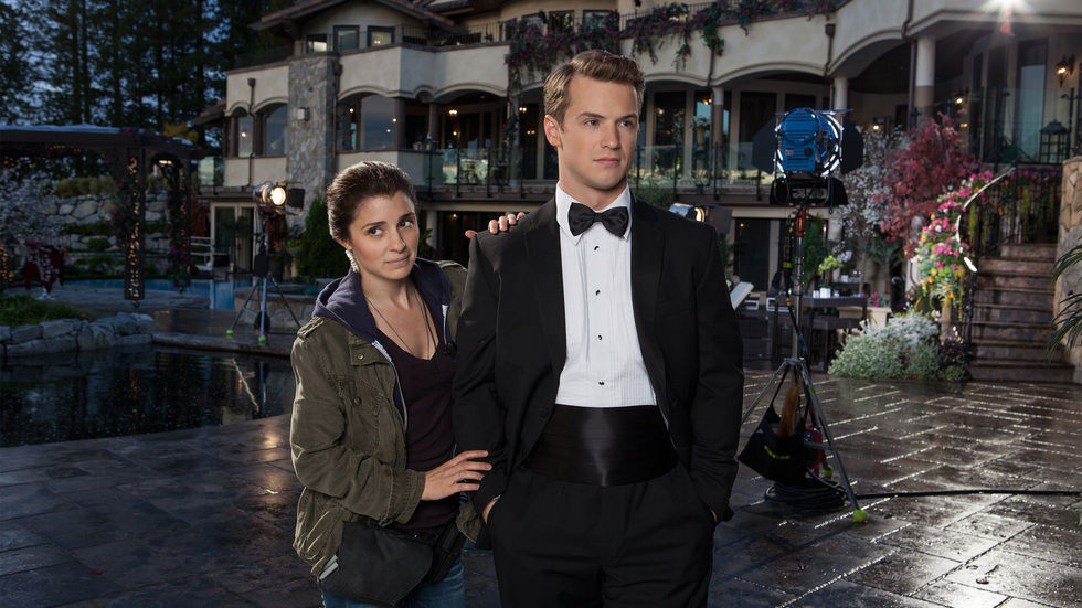 An image from the series UnREAL on Lifetime.