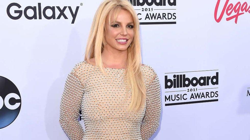 DStv,Cover,Britney