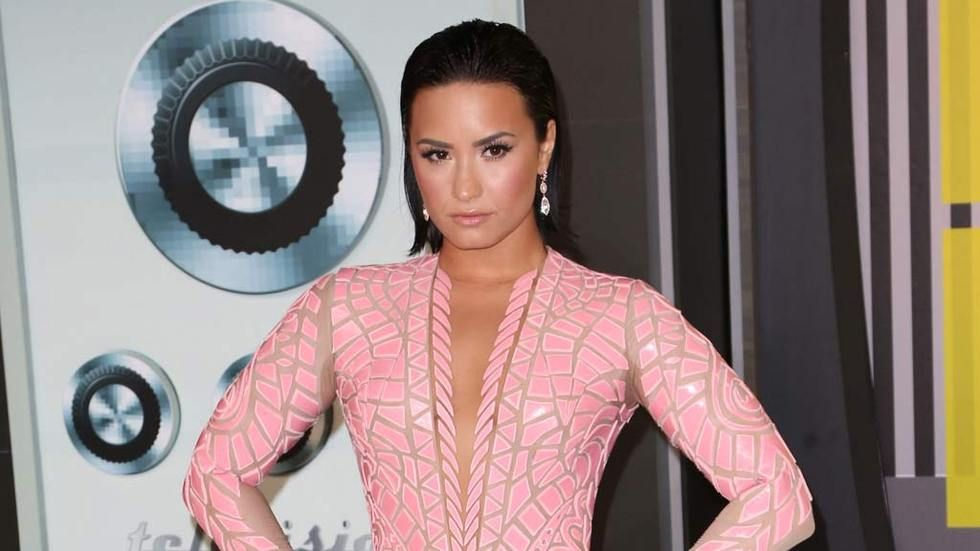 dstv_covermedia_Lovato