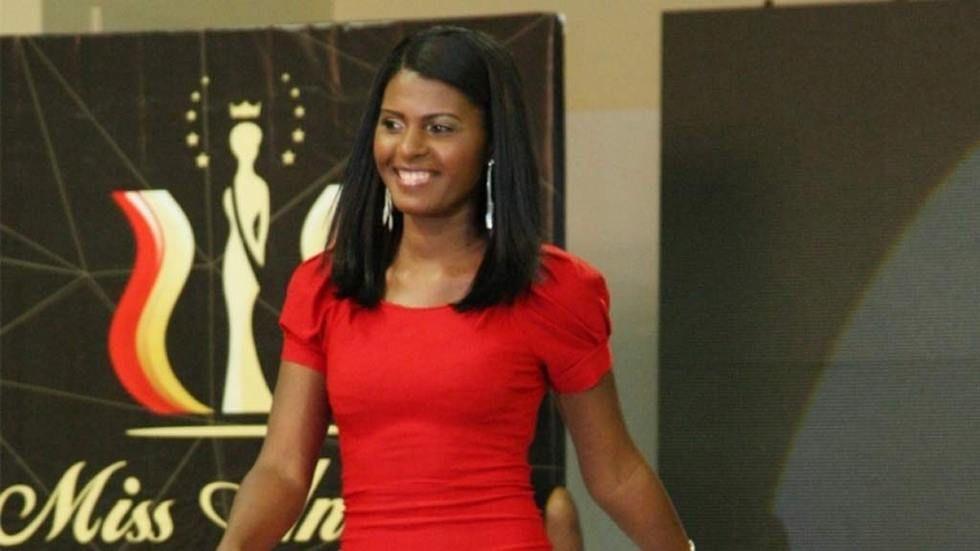 dstv_team_talk_miss-Bengo_Miss-_candidata