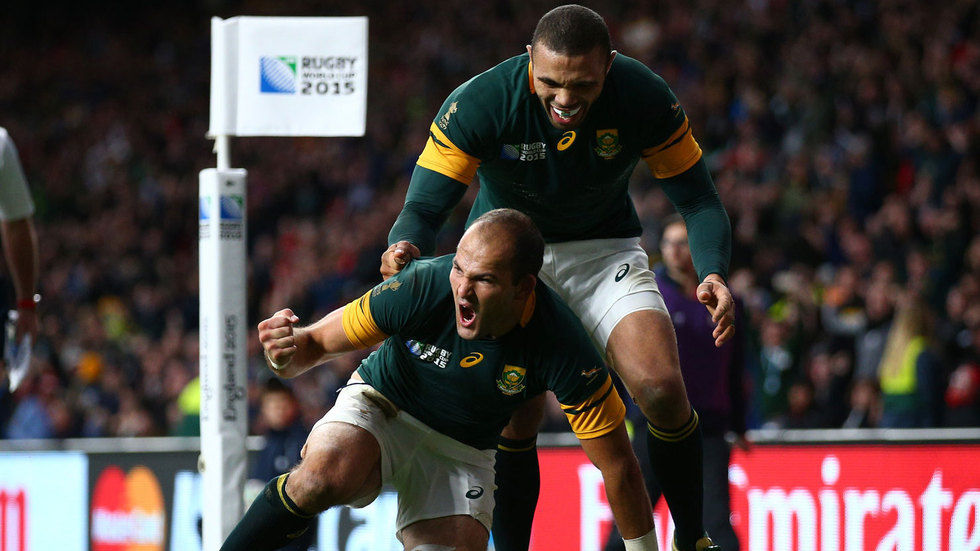 Fourie du Preez and Bryan Habana celebrate a game.