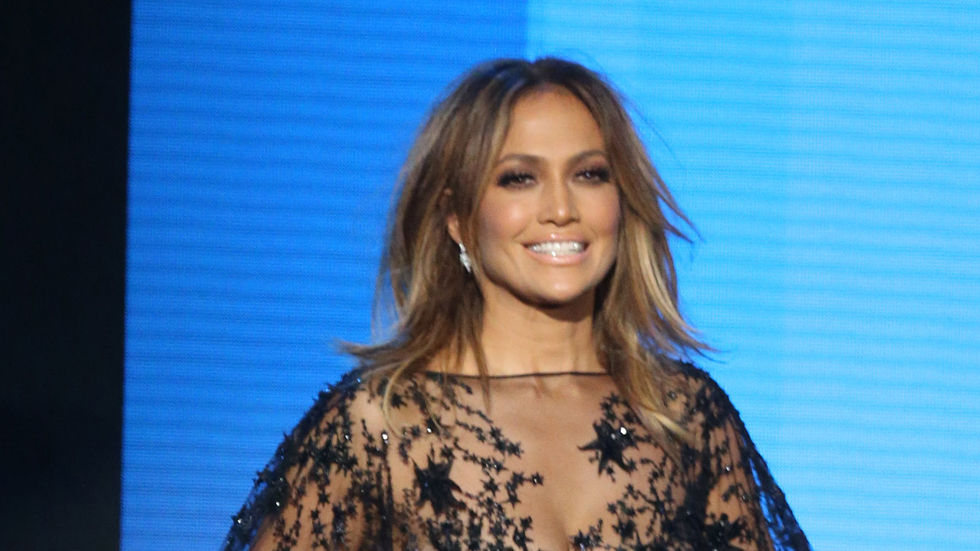 Jennifer Lopez at the 2015 American Music Awards