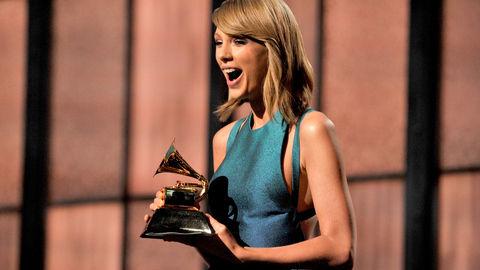 DStv_GrammyAwards2015_TaylorSwift2