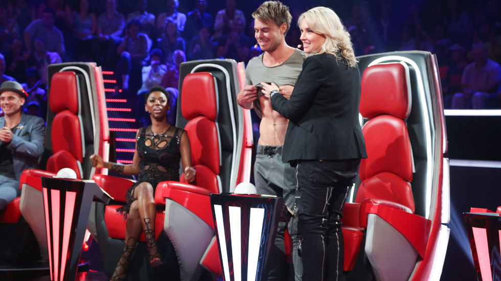 Karen Zoid and Bobby van Jaarsveld as judges on Ep 2 of The Voice SA.