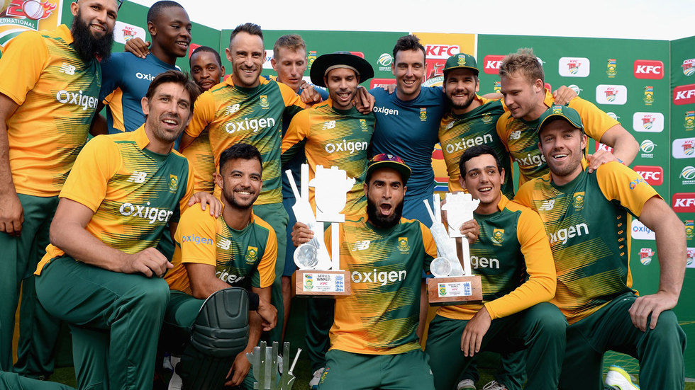 The Proteas celebrate a series win against England.