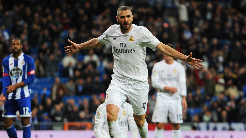 Real Madrid's Karim Benzima celebrates.