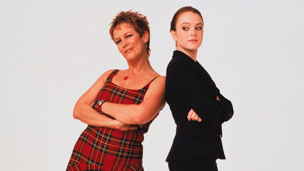 An image of Jamie Lee Curtis and Lindsay Lohan who star in Freaky Friday.