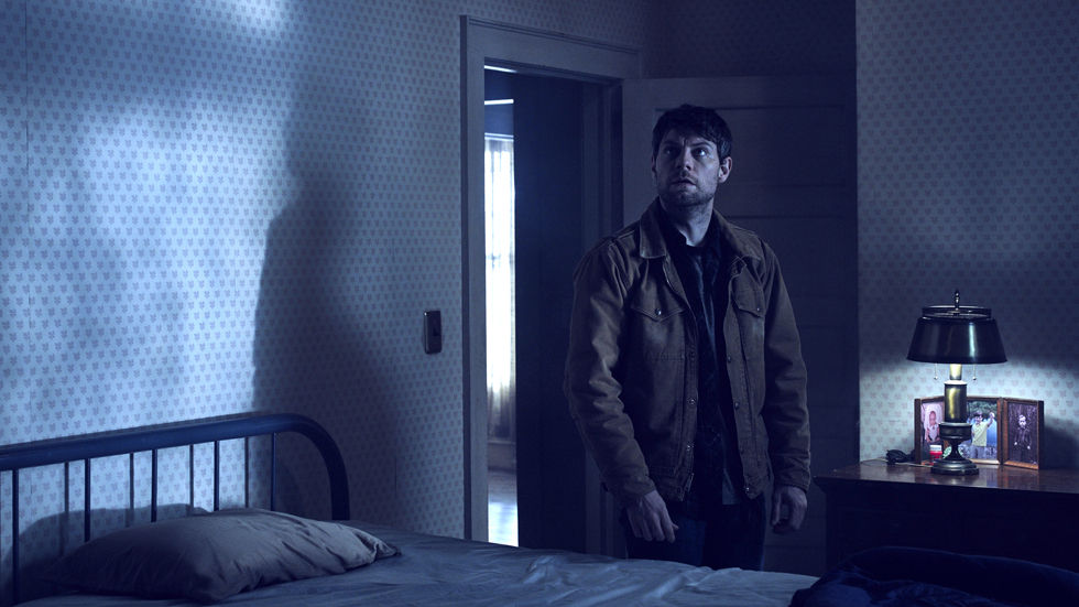 Outcast, FOX, Catch Up, Kyle Barnes, horror, thriller