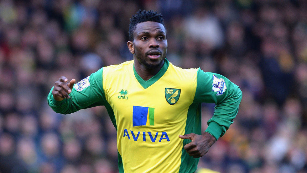 Joseph Yobo in action for Norwich City.