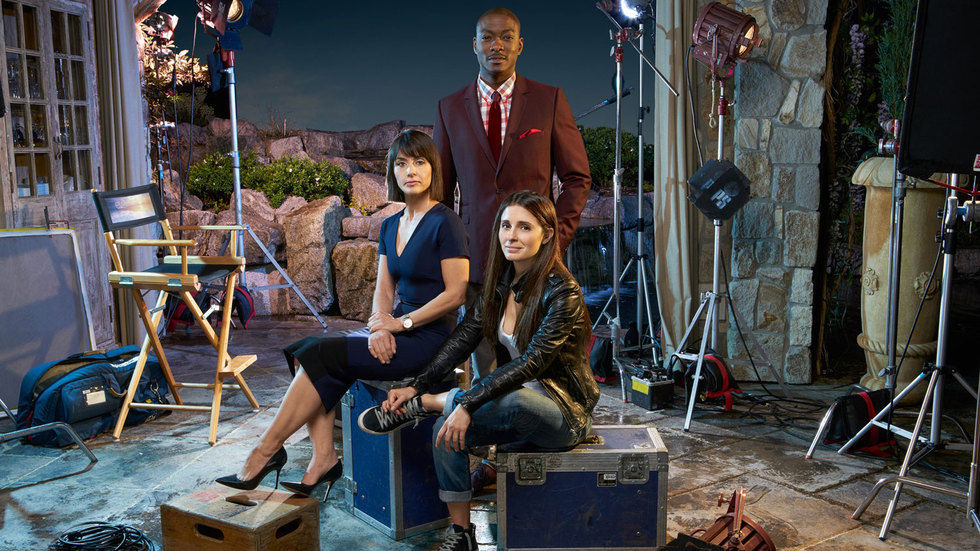 The cast of UnREAL season 2.