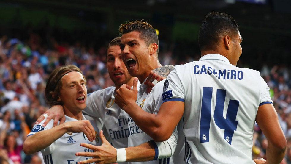 Ronaldo celebrates with teammates.