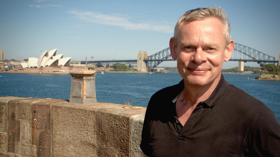 DStv_MartinClunesIslandsOfAustralia_ITV_Choice_Season1