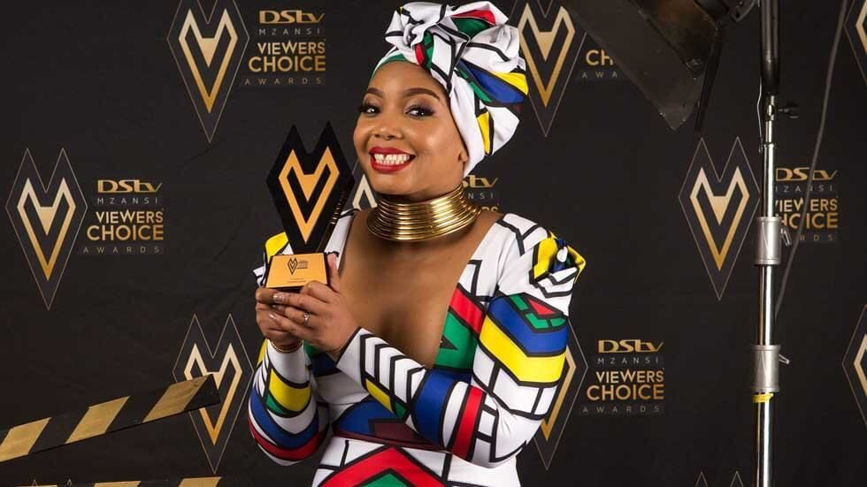 Thembisa Mdoda with her award.