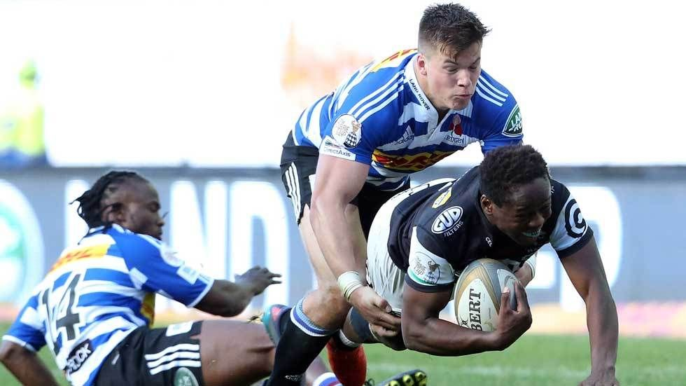 Inny Radebe scores a try in a Currie Cup match against Western Province.