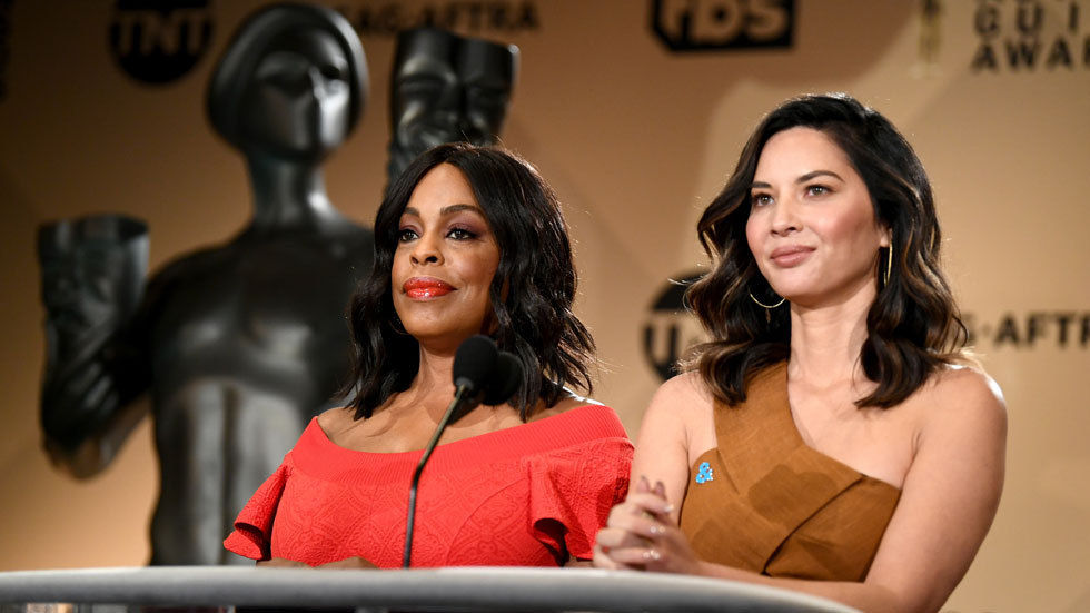 Actors Niecy Nash (L) and Olivia Munn speak at the 24th Annual Screen Actors Guild Awards Nominations Announcement at Silver Screen Theater on December 13, 2017 in West Hollywood, California. 2018 SAG Nominations. 27522_002. (Photo by Emma McIntyre/G