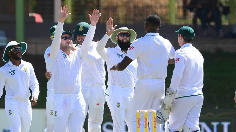 The Proteas celebrate a wicket in a match against Bangladesh.