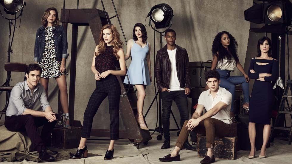 The cast of Famous in Love.