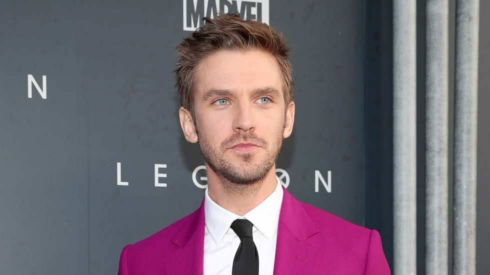 An image of Dan Stevens