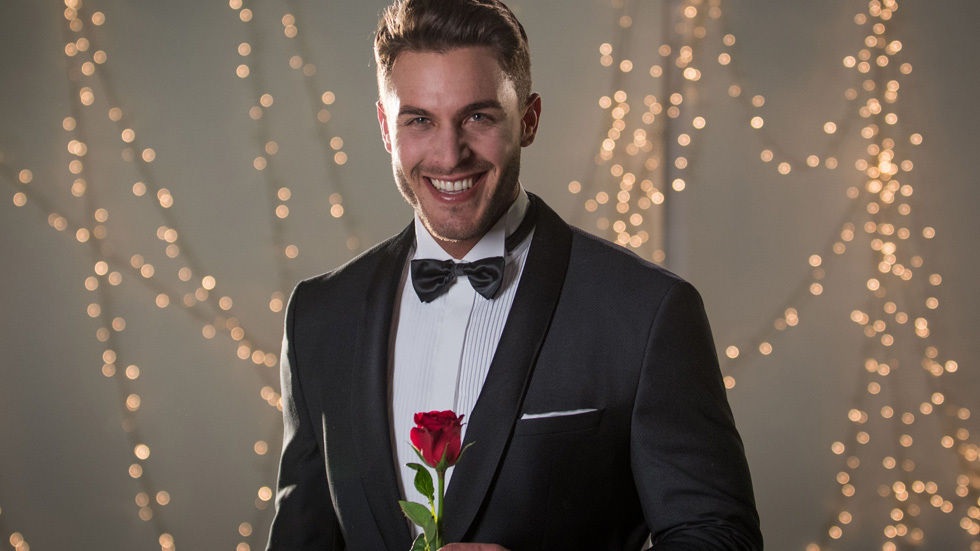 Bachelor South Africa - Lee Thompson - Season 1 - Media SM - *Sleuthing Spoilers* DStv_ThebachelorSA_LeeThompson_lrg